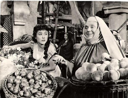 Dva roky před smrtí se Baldová potkala s Janou Rybářovou ve filmu Labakan (1956).
