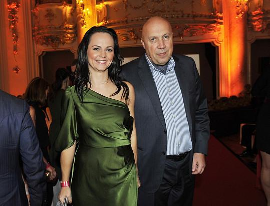 Akce se zúčastnila řada renomovaných osobností a hvězd, mimo jiné také starosta Prahy 1 Oldřich Lomecký s partnerkou.