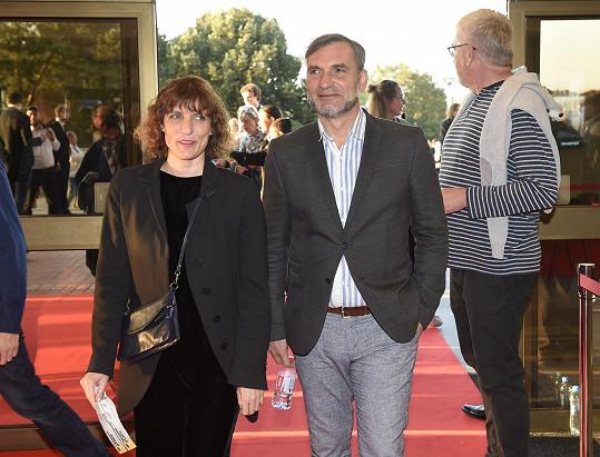 Jiří Macháček s partnerkou