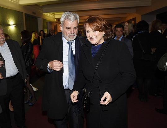 Herecký pár přišel na premiéru muzikálu Čas růží.