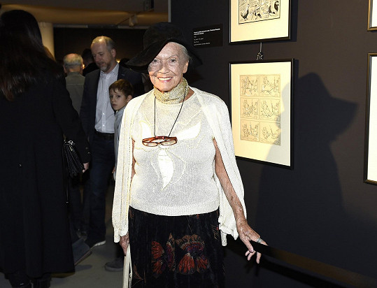 Stále šmrncovní dáma Zdenka Procházková už oslavila 91. narozeniny.