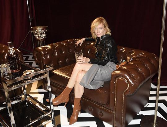 Aňa na prezentaci nové kolekce módní značky H&M inspirované filmovou tvorbou Davida Lynche.
