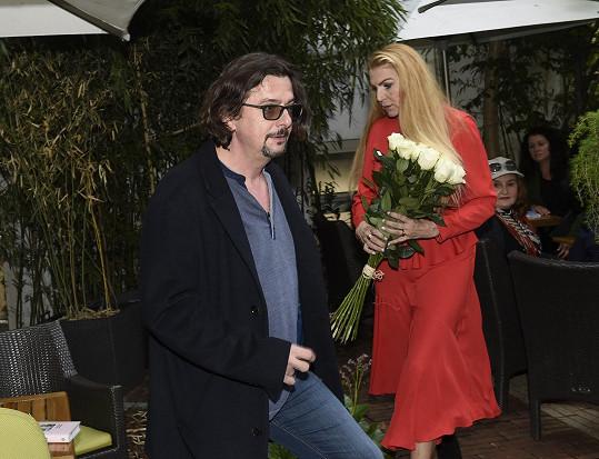 Producent Josef Viewegh, bratr spisovatele Michala Viewegha, přišel později, s o to větším pugétem.