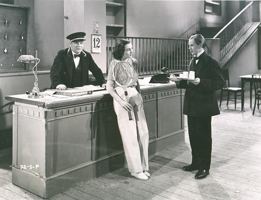 Jako pikolík Ferda s Hanou Vítovou v komedii Adam a Eva (1940).