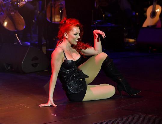 Míša pojala koncert jako muzikálovou show.