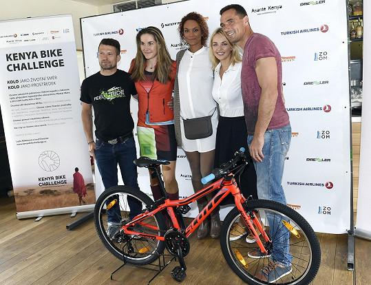 Představila nový projekt Kenya Bike Challenge.