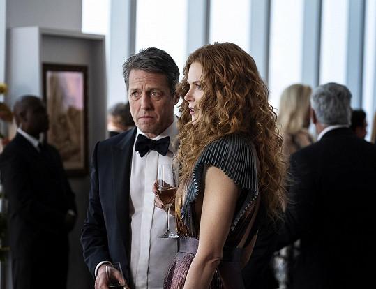 Nicole Kidman a Hugh Grant v seriálu Mělas to vědět
