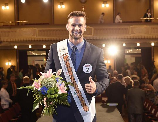 V roce 2015 Muže roku vyhrál.