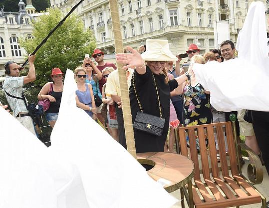 Havlová křtila pamětní místo Václava Havla.