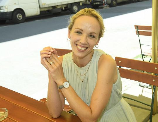 Patří mezi nejobsazovanější české herečky.