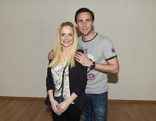 Roman Vojtek s Kristýnou Coufalovou vyhráli první StarDance.