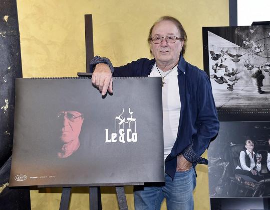 Petr Janda nafotil kalendář.