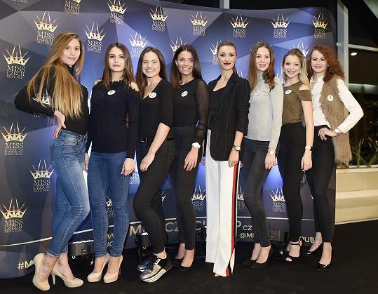 S dalšími kráskami volila Miss Czech Republic.