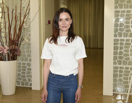 V tričku byste nepoznali, že je Radka po operaci.