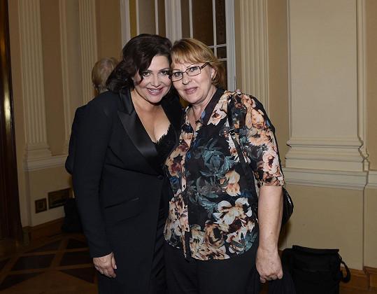 Ilona se pozdravila také s maminkou Ivany Gottové Blankou.