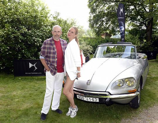 Modelčin půvab obdivoval i Marek Eben.