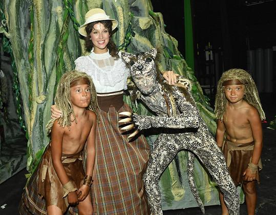V představení nebude nouze o krásné kostýmy.