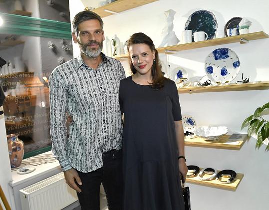 Herečka s manželem Mikolášem