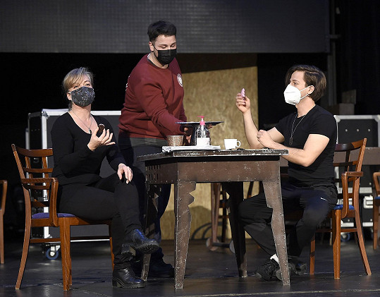 Na zkoušce v Divadle Broadway s Milanem Peroutkou a Martinem Schreinerem