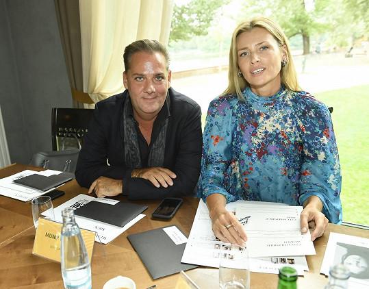 Peštová, která působí v agentuře Elite Prague, je jednou z nejúspěšnějších českých modelek historie.