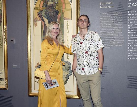 Artur Šípek maminku doprovodil na dražbu obrazu Pasty Onera.