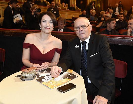 Tereza Kostková s Milanem Kňažkem v hledišti Národního divadla
