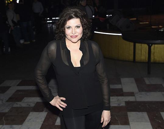Ilona Csáková je v šoubyznysu už třicet let.