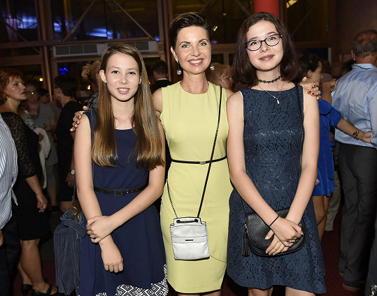 Markéta Fialová s dcerami