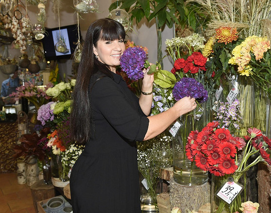 Pavlína Senič během lockdownu vypomáhala v květinářství.
