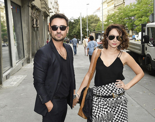 Veronika s manželem a režisérem seriálu Biserem Arichtevem