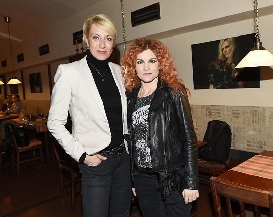 A setkala se s kolegyní z muzikálu Antoinetta Ivou Marešovou.