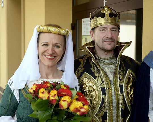 Královský průvod v Radotíně, s císařem v podání herce Františka Kreuzmanna