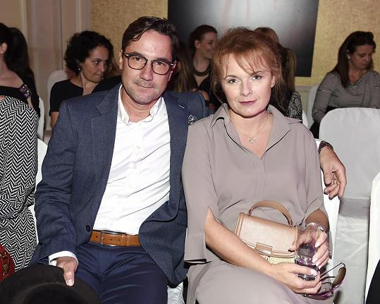 Bára Munzarová se vdala.