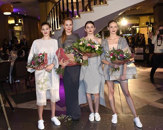 Tatiana převzala gratulace nejen od ředitelky soutěže Simony Krainové.
