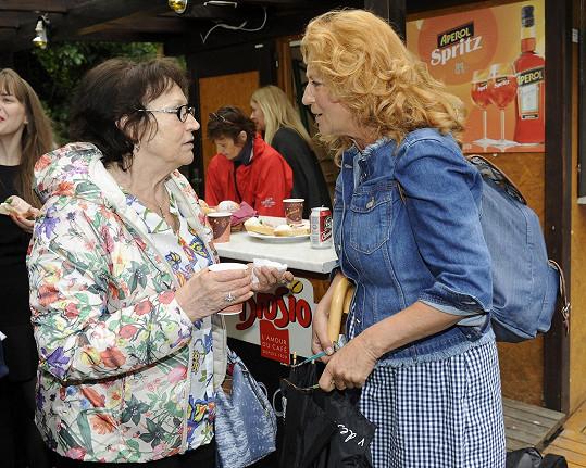 Simona se ráda viděla s Martou Kubišovou.