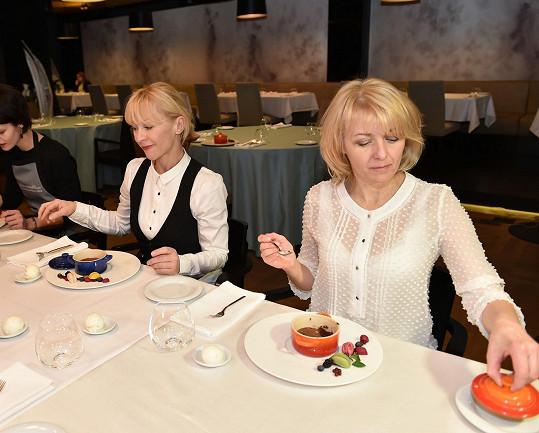 Veronika s Danou Batulkovou na valentýnském vaření
