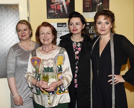 S kolegyněmi Sabinou Remundovou, Ivou Janžurovou a Lucií Žáčkovou