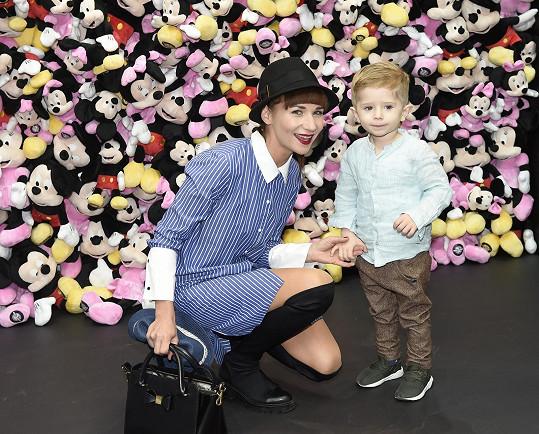 Téměř tříletý syn Sandry Novákové je neuvěřitelně roztomilý.