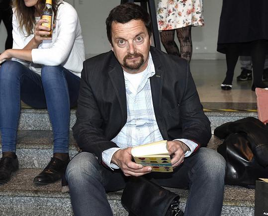 Na knihu Bábovky je zvědavý i Michal Viewegh.