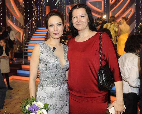 Kostková s návrhářkou Tatianou Kovaříkovou
