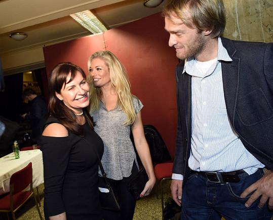 Jakub Vágner se s maminkou Lucie Borhyové už dobře zná.