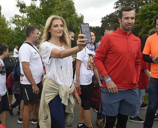 Na startu stála se sportovcem Radkem Štěpánkem.