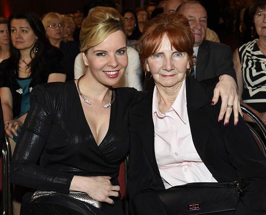 Kateřina Kristelová s babičkou