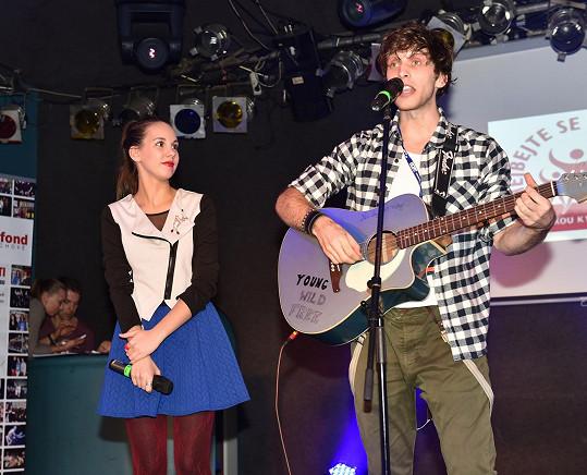 Zazpívali i Míša Doubravová s Romanem Tomešem.