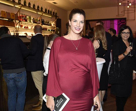 Eva Jasanovská čeká první dítě.