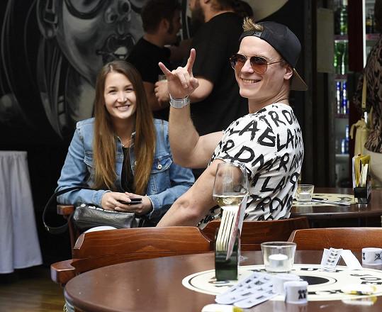 Miro s novou přítelkyní Kačenkou