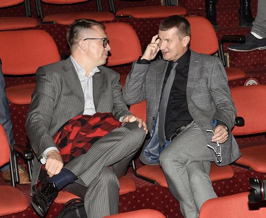 S Romanem Šmuclerem, který má na starosti upírské zuby.