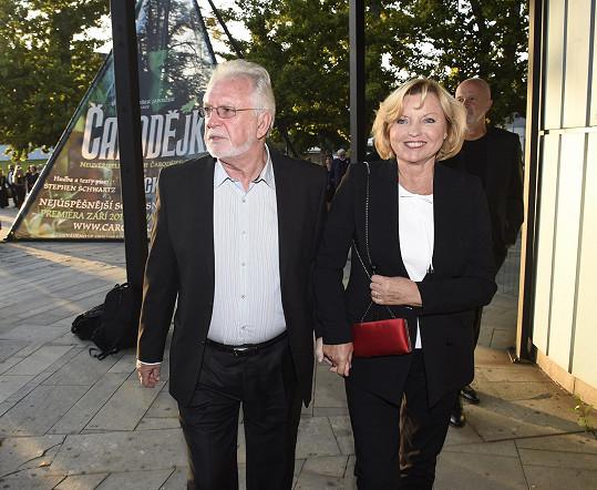 Jaromír Hanzlík s manželkou