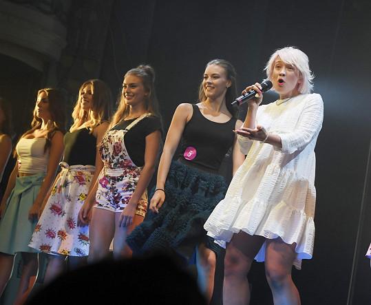 Tereza vystupovala na finále soutěže Dívka roku.