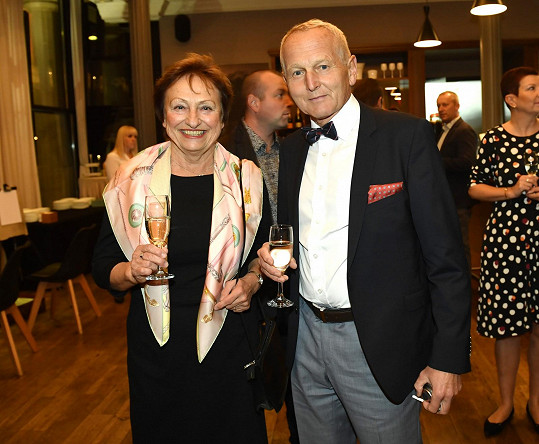 Profesor Jan Pirk s manželkou